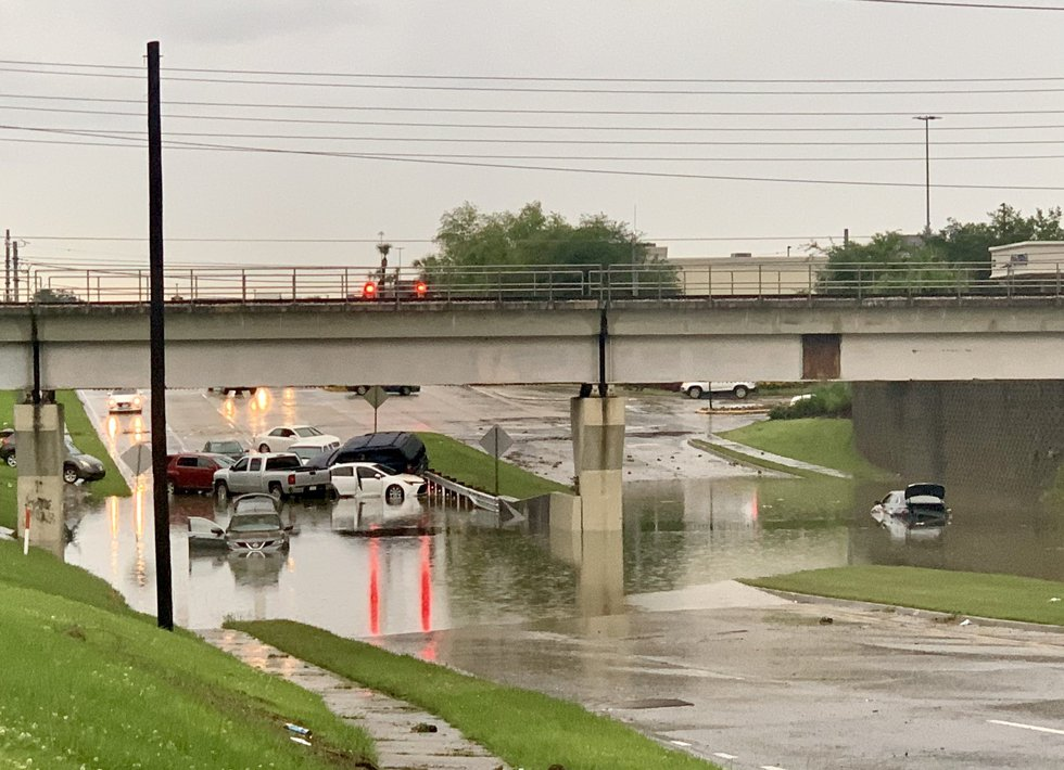 Wife of man found dead in flooded vehicle on Baton Rouge underpass files lawsuit against city, DOTD